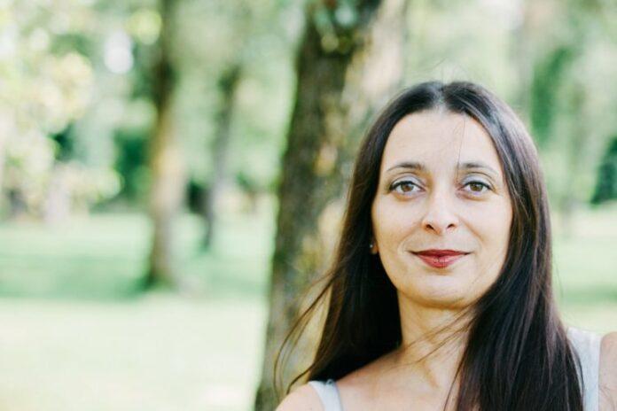 La scrittice bellunese Michela Fregona